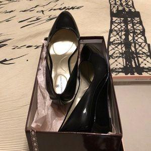 Bandalino shoe